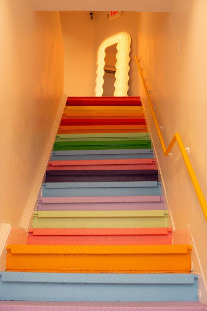 kolorowe wnętrza domów